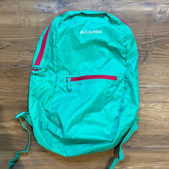 Columbia Hiking Backpack Small Green Pink Day